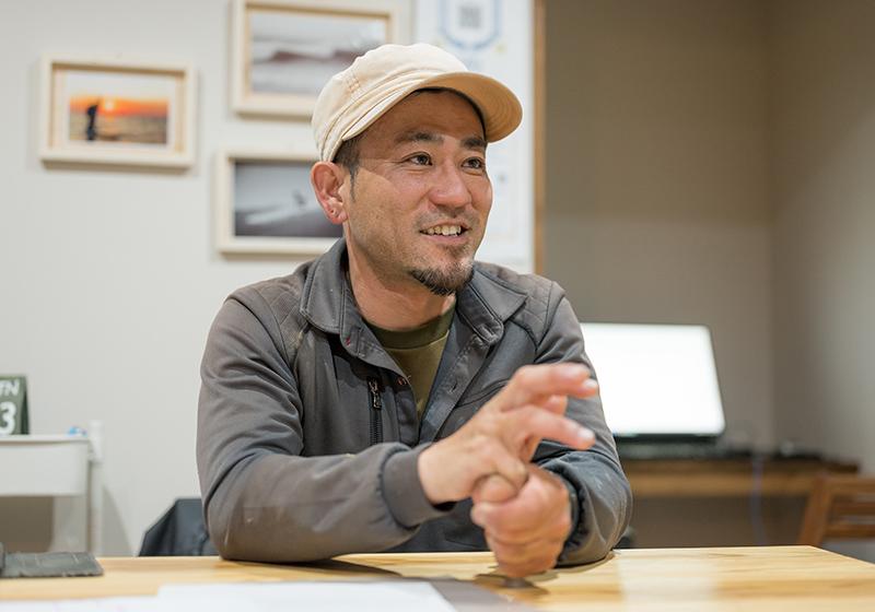 18歳で単身鉾田へ移住。好きな海はすぐ目の前、家族5人で暮らす時間はプライスレス。